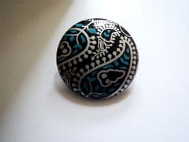 B1-MONICA-23-44mm SILVER & TEAL FLOWER DETAIL PATTERN BLACK-ITALIAN BUTTONS- price is for 5 buttons