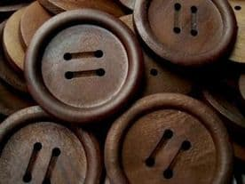 P679-20-23mm RARE DARK OLIVE WOOD ITALIAN BUTTONS 4 HOLE - price is for 5 buttons