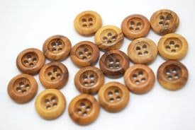 W1040-10mm BABY REAL NATURAL OLIVE WOOD 4 HOLE- NATURAL COL-ITALIAN BUTTONS- price is for 10 buttons