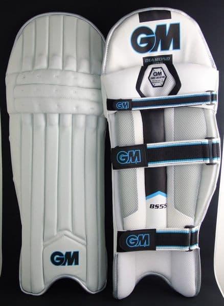 GM Dimond  808 - Mens Batting Pads (Left Hand)