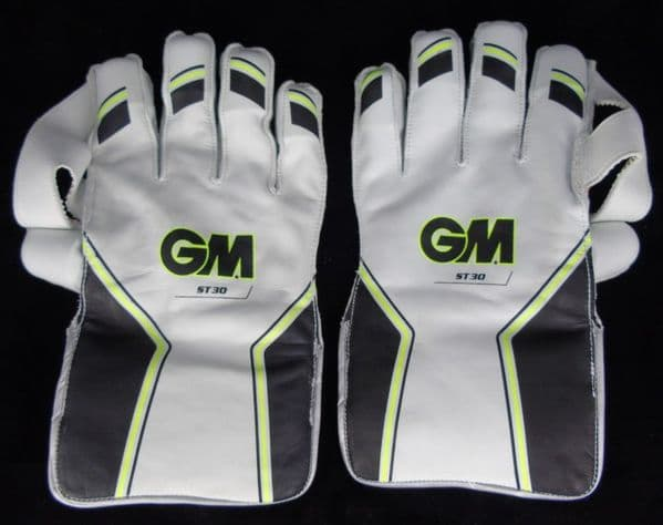 GM ST30 - Wicket Keeping Gloves (Mens Small)