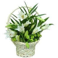 BASKET WITH LILIJAS