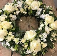 LARGE CRYSTAL WHITE WREATH